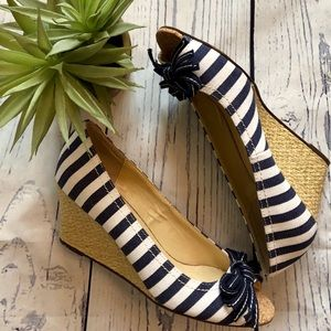 Unisa Navy and White Striped Wedge. Size 7